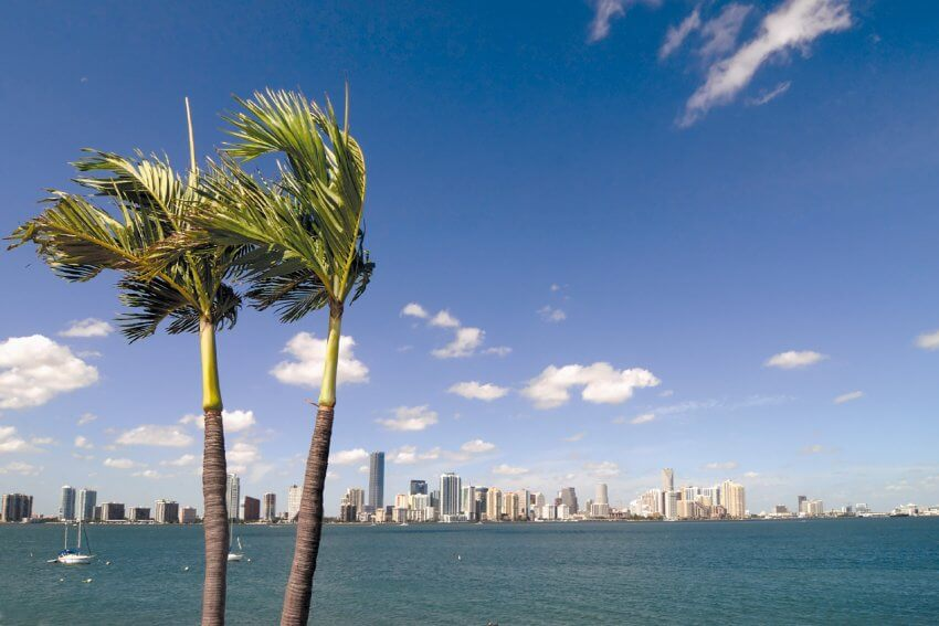 «Party in the city where the heat is on, all night on the beach till the break of dawn - Welcome to Miami»