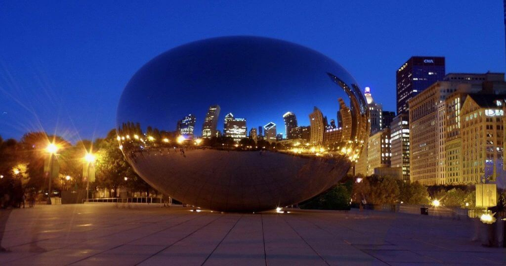 """""""The Bean"""" by night"""